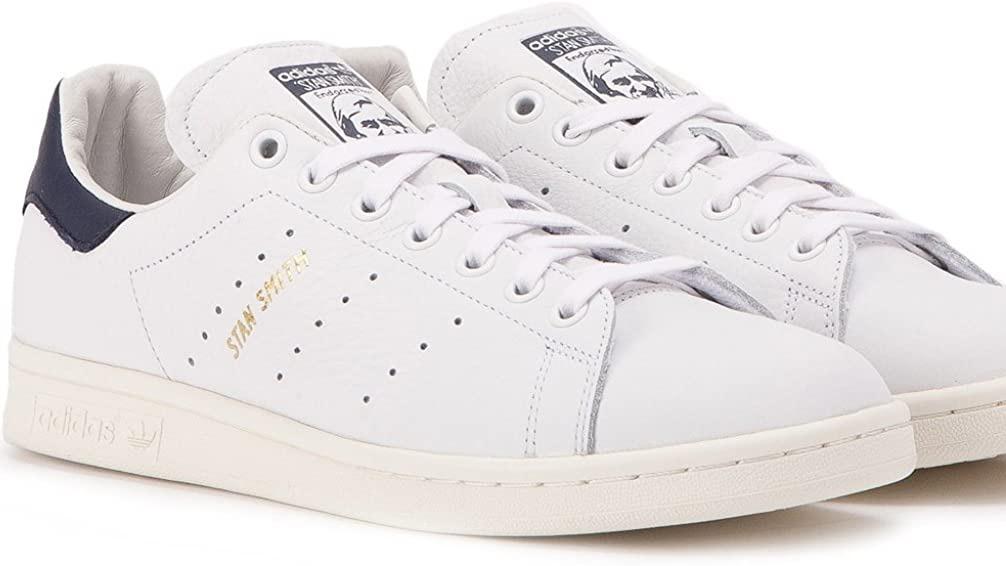 Adidasスタンスミスホワイト×ネイビー