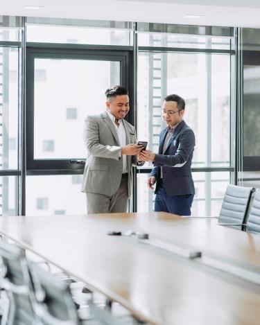 営業同行で見るべきポイント5つ!自分の営業スタイルに役立てよう!